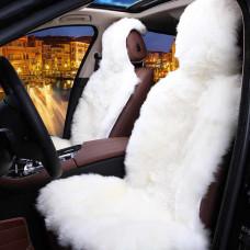 Меховая накидка на сиденье автомобиля из овчины